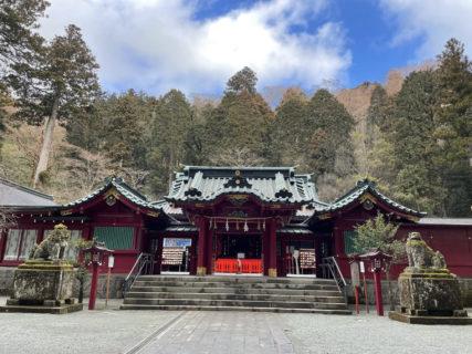 スタートは箱根神社から